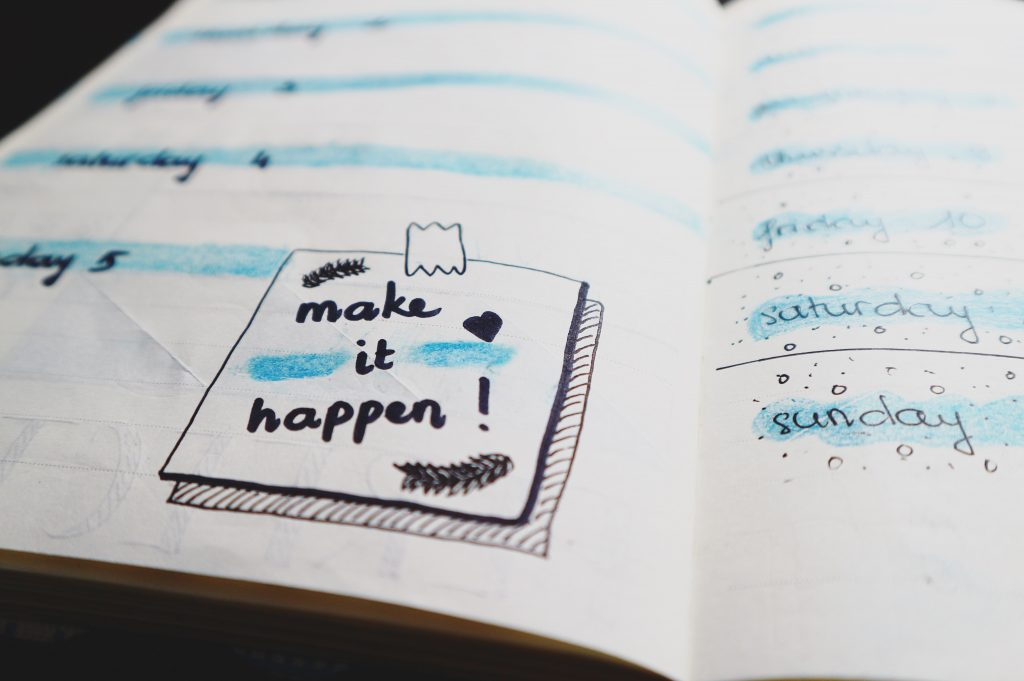 Viral Blog post Plan White paper with note